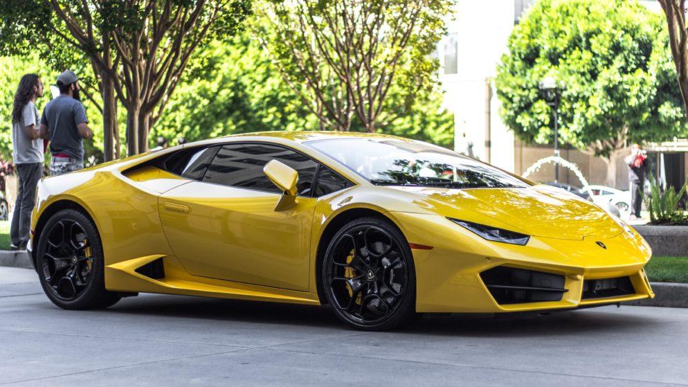 The Lamborghini Huracan has 8 oil drain plugs